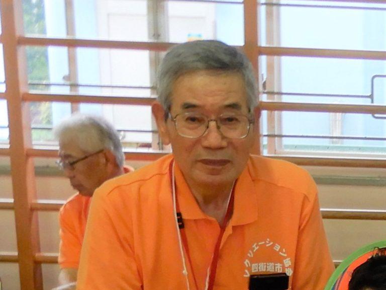 副会長  石橋 誠さんが あそびの城をはじめ地域の青少年健全育成に尽くされ式典で表彰されました。
